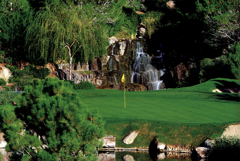 The World S Top 10 Most Expensive Golf Courses Therichest