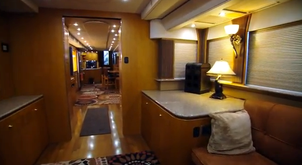 Will Smiths 2 5 Million Motor Home Therichest
