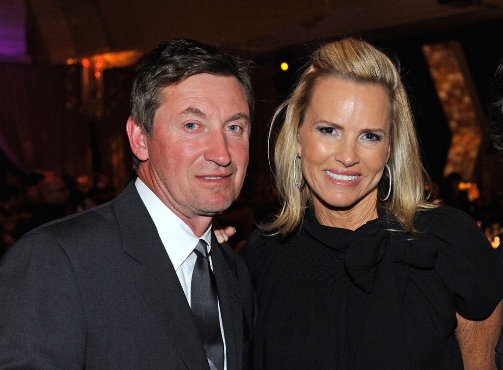 3 Wayne Gretzky And Janet Jones Estimated Combined Net