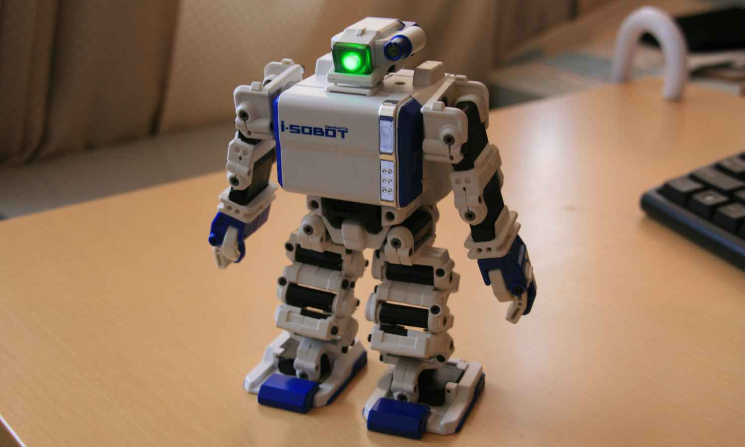 The Ten Coolest Robots In The World Therichest