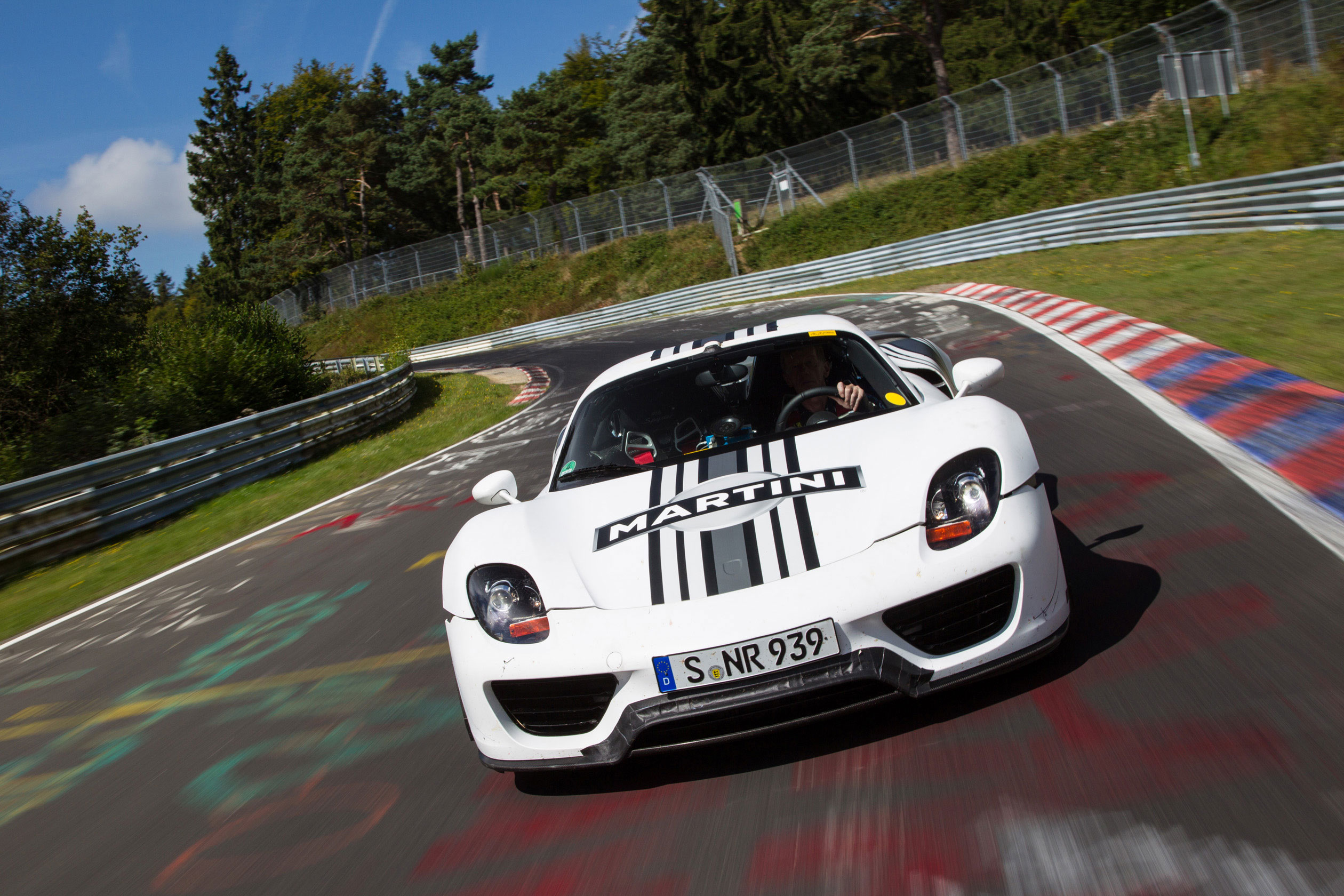 top 10 fastest production cars to lap the nurburgring. Black Bedroom Furniture Sets. Home Design Ideas