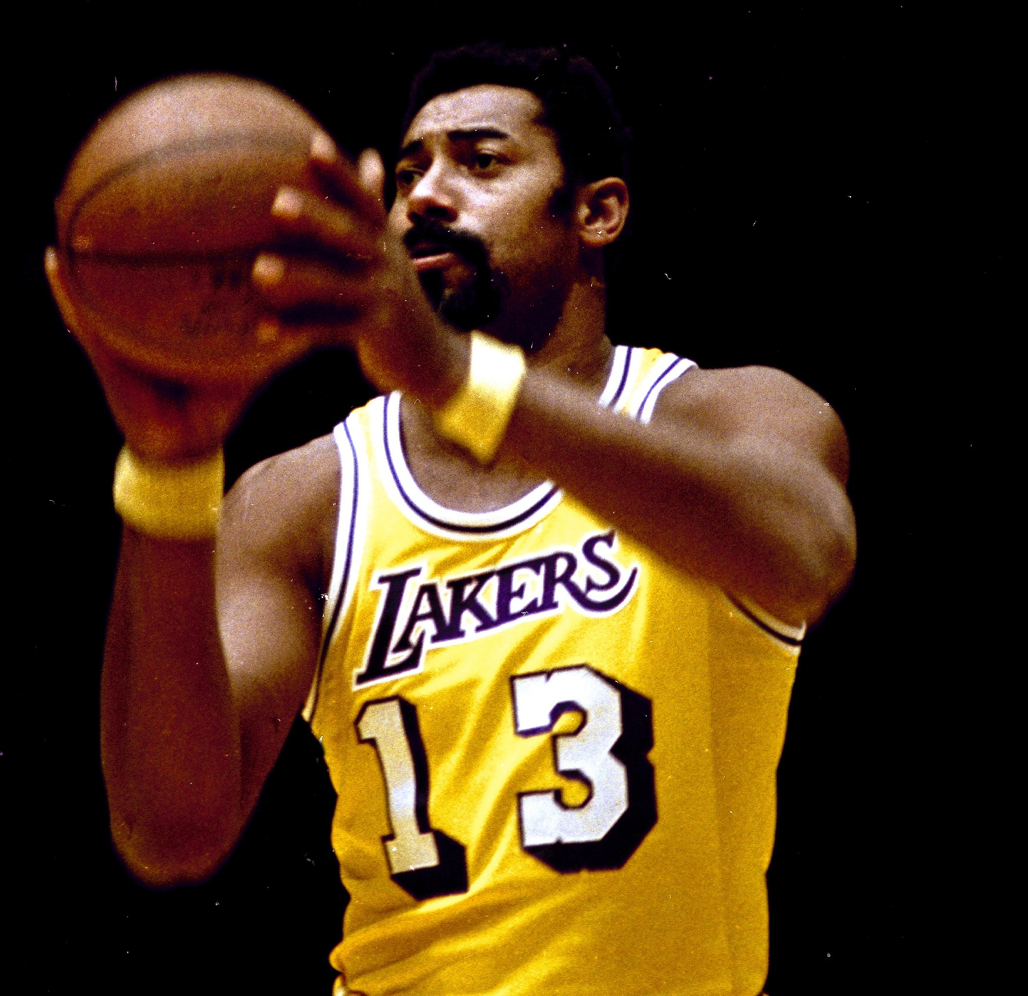 an introduction to the life and basketball history of wilt chamberlain Wilt chamberlain 1936-1999 american basketball player in a 14-year professional career studded with superla-tives, wilt chamberlain established the centrality of.