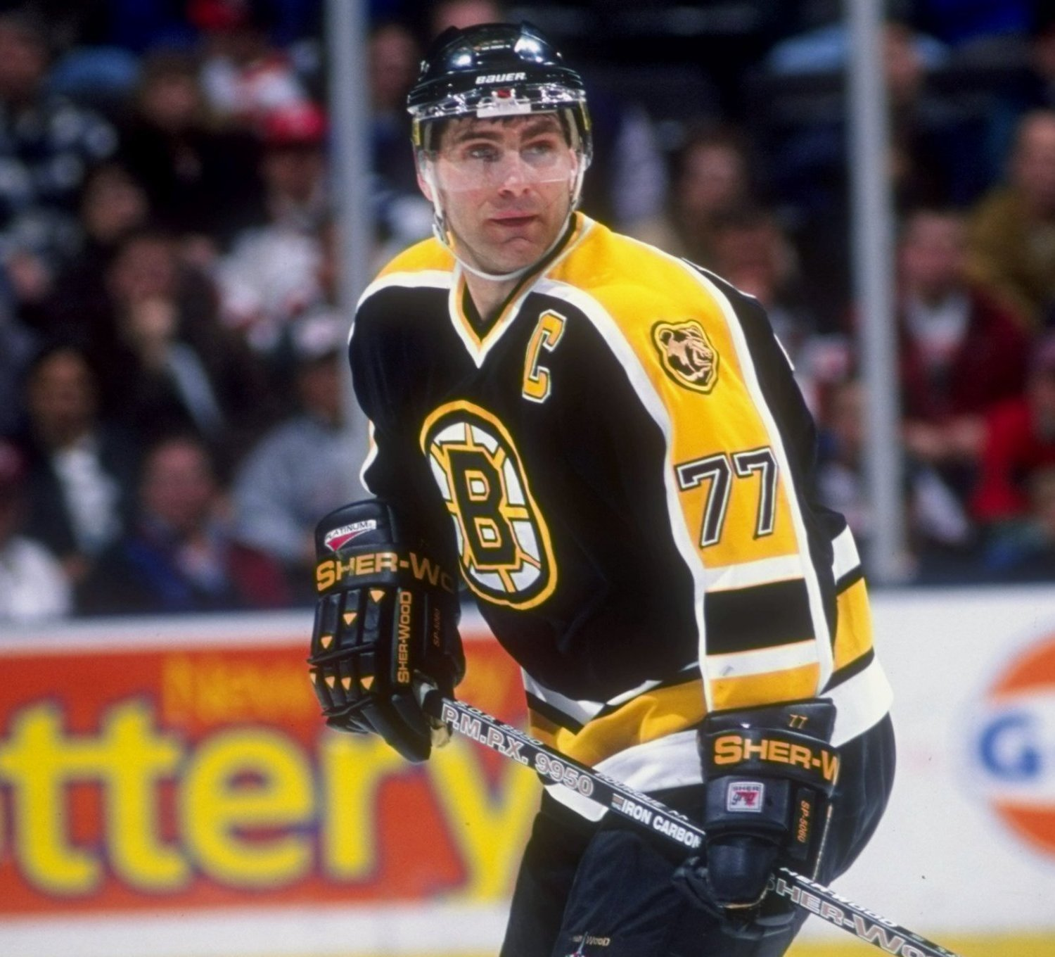 5. Ray Bourque, Boston Bruins (1979-2000), 1,506 Points