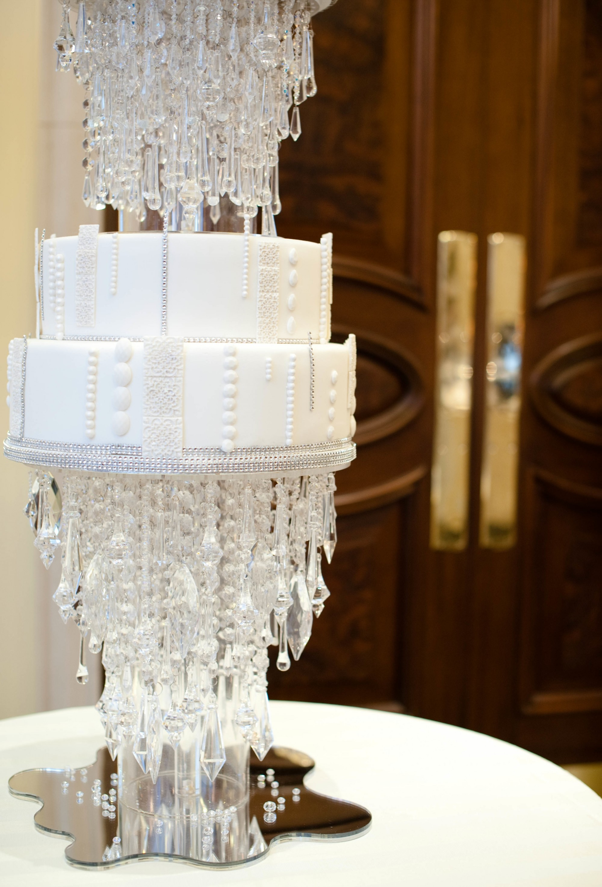 Top 10 Most Expensive Mouthwatering Wedding Cakes Therichest