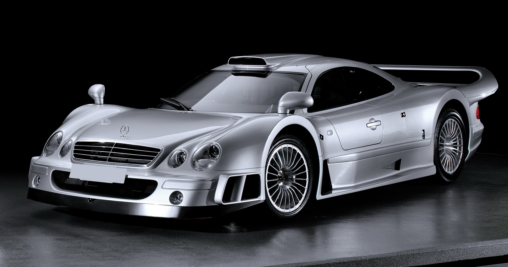 The 10 fastest mercedes benz models of all time for Mercedes benz cars pictures
