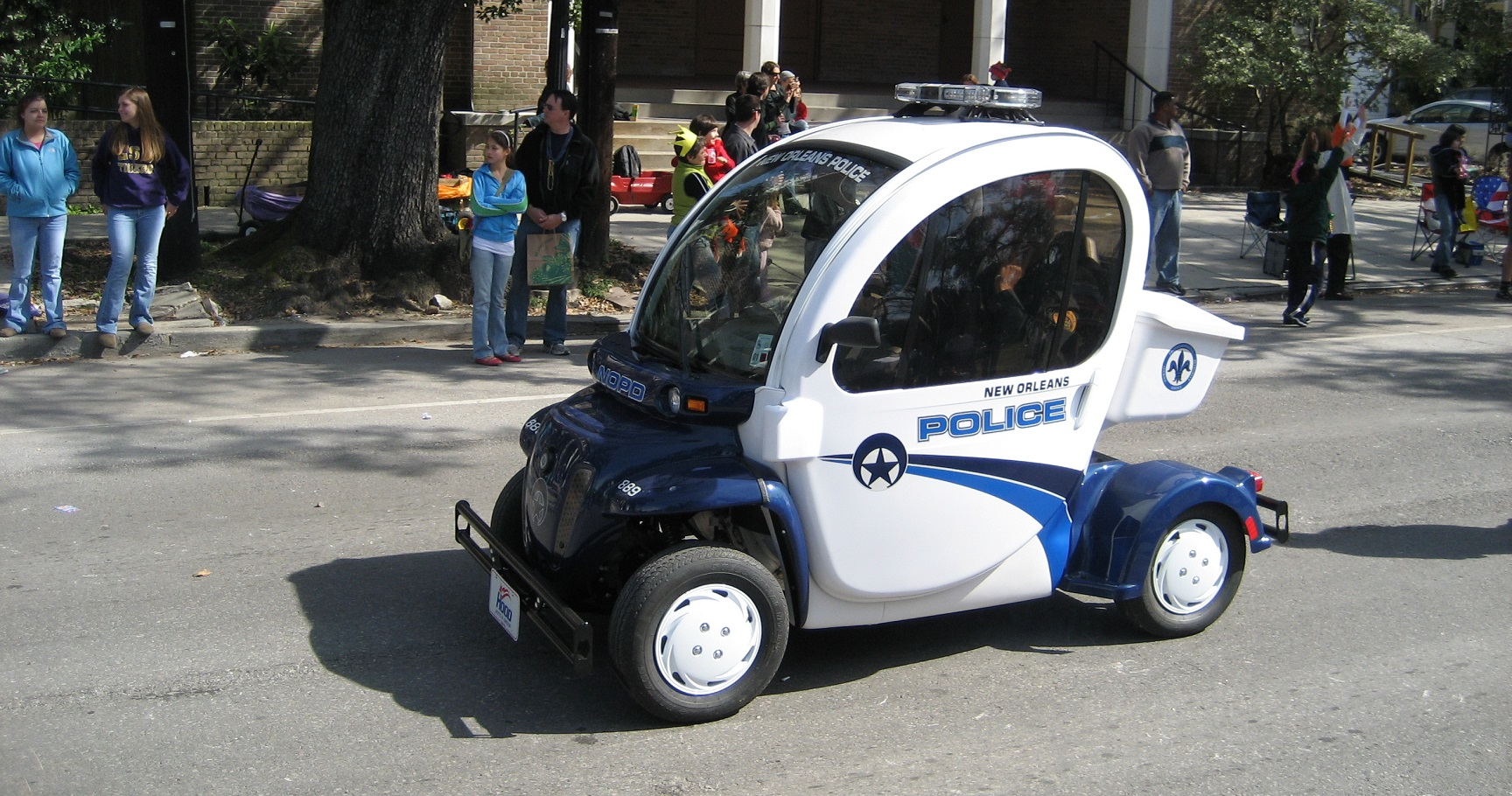 10 countries with the world 39 s worst police cars. Black Bedroom Furniture Sets. Home Design Ideas